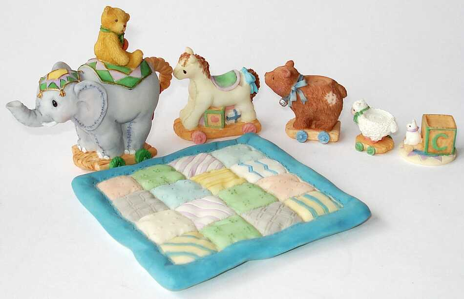 Cherished Teddies ANTIQUE TOY MINI TEA SET - (664111)