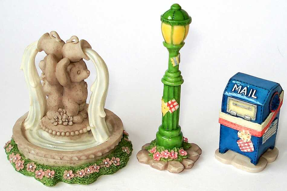 Cherished Teddies Mailbox, Lamppost and Water Fountain -